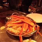 カンド クラブ バー - お通しの蟹