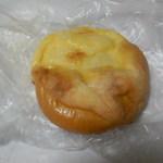67336944 - クリームパン