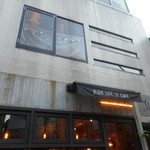 BURN SIDE ST CAFE - 店の外観