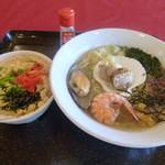 67342984 - 海鮮ラーメン+ミニホタテ丼