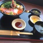 67348417 - 豪華海鮮丼