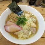 支那そば 大和 - 特製ワンタン麺・白