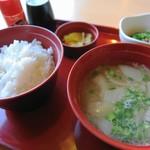 ジョイフル -   豚汁朝食422円