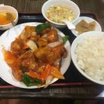 栄華楼 - スブタ定食