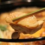 横浜 地鶏居酒屋 一條 - 厚みのある鶏肉