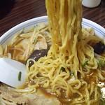 本格屋台 大ちゃんらー麺 - にんにくスタミナ麺(太麺) アップ(2017年5月21日)