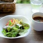 ハーブガーデン プティール倶楽部 伊都国 - サラダ・スープ