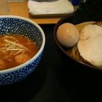 麺屋一燈 - 特製濃厚魚介つけ麺(¥1080)+中盛(¥50)