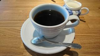 メイ カフェ