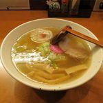 麺&Bar 山 - 塩ラーメン(720円)