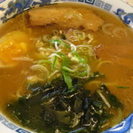 レストランとらや - 料理写真:醤油ラーメン756円