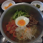 67374474 - すーぷ房くだら 湊川店 ピビン冷麺(湊川)