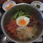 67374476 - すーぷ房くだら 湊川店 ピビン冷麺(湊川)