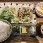kawara CAFE&DINING -FORWARD- - 塩糀鶏のネギ塩炒め