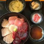 67376301 - 炙り丼 2160円