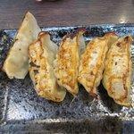 濃厚鶏白湯ラーメン ミスターチキンハート - 餃子5個2017.05.22
