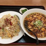 福源 - 台湾炒飯+麻婆ラーメン