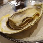 鮨 心白 - 牡蠣