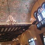 674009 - 天井のきれいな模様