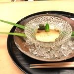 67401354 - 鮑は柔らかく冷んやりと美味しいですね〜。