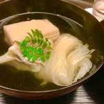 67401366 - 鯛そうめん  胡麻豆腐   お出汁が美味しくて、お酒もすすみます。