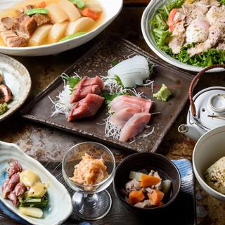 店主こだわりの厳選素材(魚、豚、鶏、野菜)