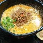 豆でっぽう - 担々麺820円。うまあまぴりから、もったりスープ