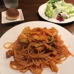 オステリア スゲロ - 豚ひき肉とキャベツのトマトソース 120g 1000円。
