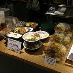 亜細亜的惣菜店 ガパオ飯 - お総菜1