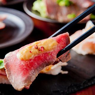 自慢の逸品《RIVIO肉寿司》&肉料理