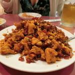 67419465 - 「豚ヒレ肉のフライとサクサク唐辛子の麻辣炒め」1,600円