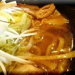 麺処 メディスン麺 - 赤麺 アップ