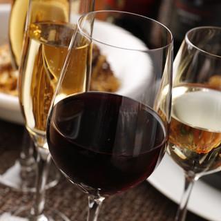 極上の美酒を片手に、秋の美食を楽しむ「セレクトワインプラン」