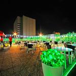 屋上BBQビアガーデン キンビア - 夜は百貨店屋上からの夜景&輝くLEDイルミネーション