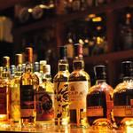 Vision whisky bar - 毎週数本ずつ在庫が入れ替わります。