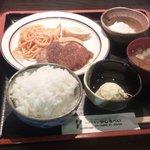 やじろべい - 日替りランチ(ハンバーグ)750円