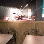 神戸 鉄飯屋 - 奥にある4名と6名の予約席、合計10名まで行けるとの事。