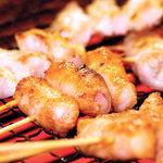 炭火やきとりやきとんQ - Q名物の焼きとんです!豚は大分県産、朝までブーブー言ってた鮮度抜群の豚です。