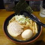 六伍郎 - 鬼煮干しらーめん(醤油)+味付玉子