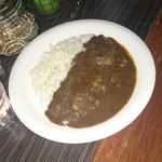 隠れ家bar PTN - 帝国ホテルのレシピを再現したカレー