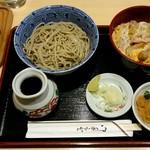 67437382 - 日替わりセット(ゴボ天丼と蕎麦)