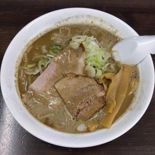 長尾中華そば 青森駅前店 - ごぐえぎ・手打麺(800円)