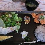 カフェ ノア - 料理写真:昼と夜の一汁三菜