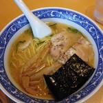 青葉 - 料理写真:中華そば730円