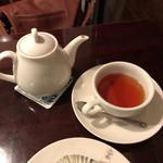 西洋菓子しろたえ - 【紅茶 アッサム】(400円税込)