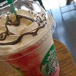 スターバックス・コーヒー - ソイストロベリークリームフラペチーノ