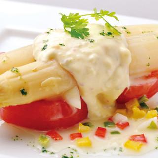 こだわりのスペイン食材を使用した料理・アヒージョ・パエリア