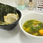新旬屋 麺 - 新旬屋麺・金のつけ鶏中華¥880(2016.07)