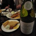 湘南の魚とワインの店 ヒラツカ - ウィリアム フェーブル シャブリ フランス