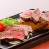 山形牛ステーキ盛り合わせ(赤身、霜降り)
